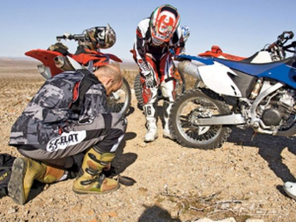 Dr Dirt Fix A Flat On The Trail The Dirty Part Dirt Rider