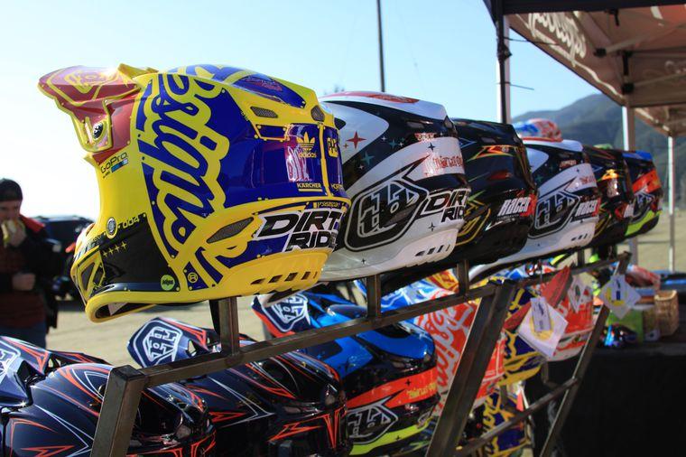 Troy Lee Helmet, SE4 Helmet   Dirt Rider