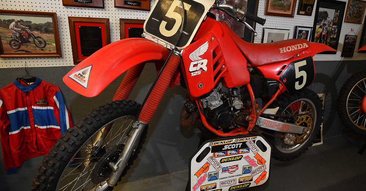 Factory Motocross Bikes—Guy Cooper's 1988 Honda CR125R