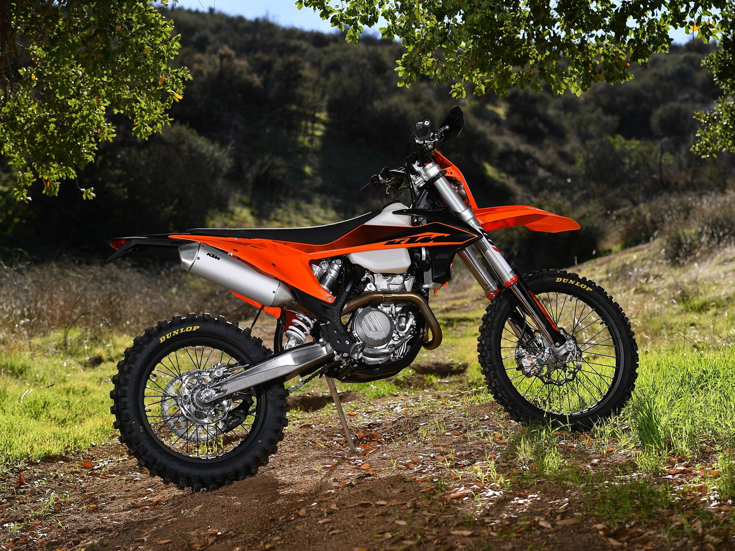 The KTM 350 XCF-W was dropped from the Austrian manufacturer's lineup in 2017. For 2020, the 350cc four-stroke enduro bike has returned.