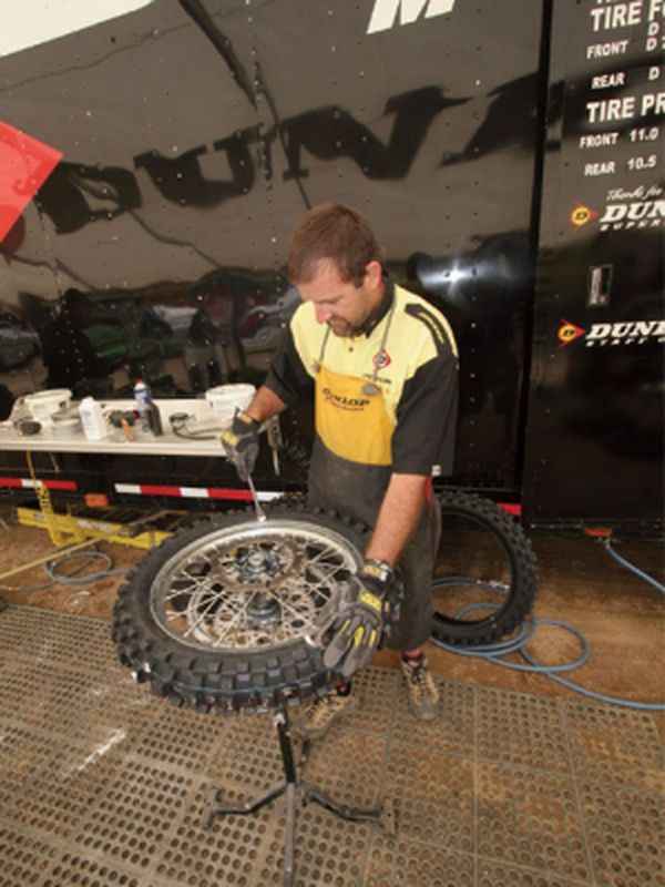 How To Change A Dirt Bike Tire Dirt Rider