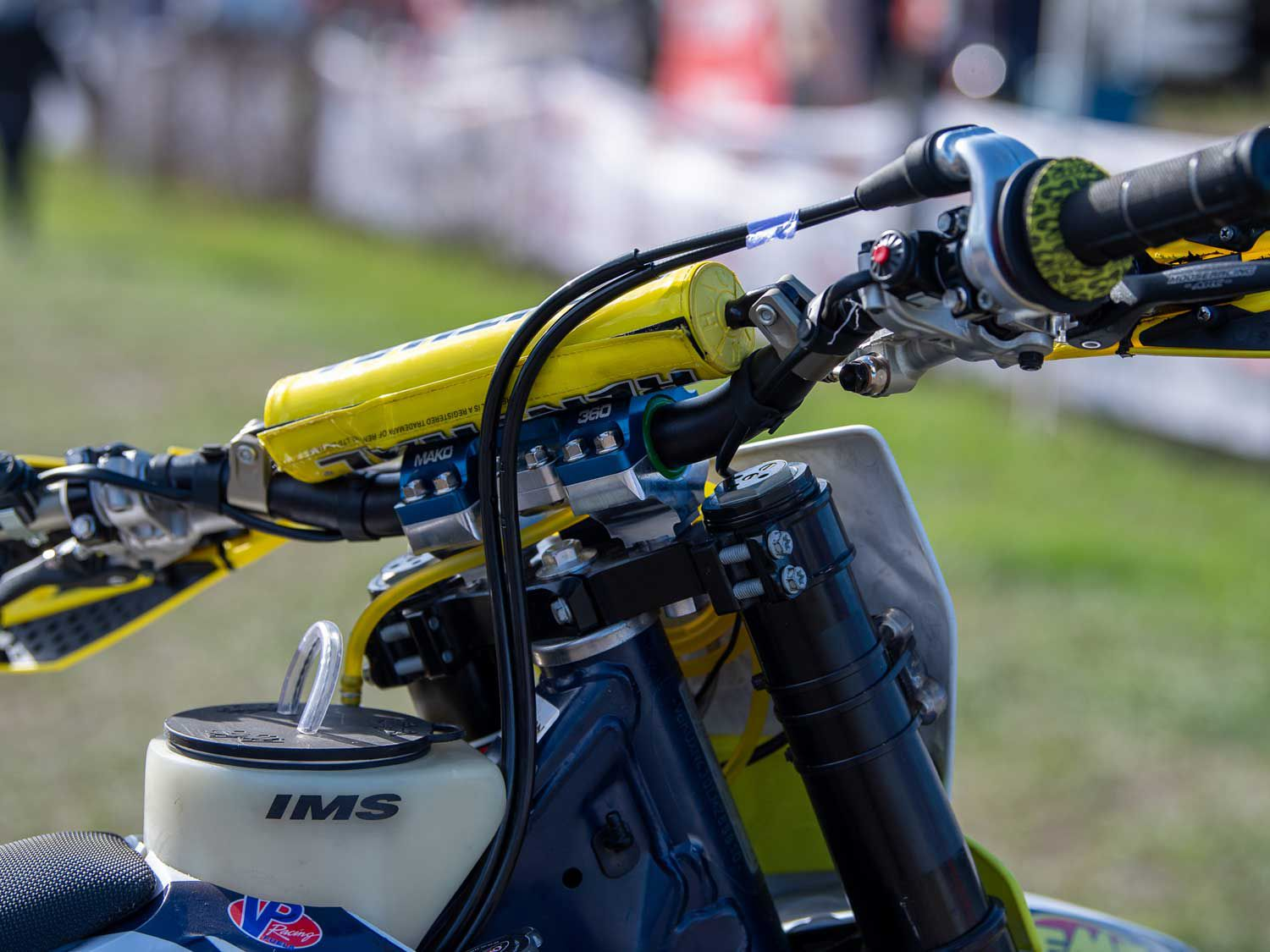 Russell opts for a lower Renthal bar bend combined with XC Gear Mako 360 handlebar mounts.
