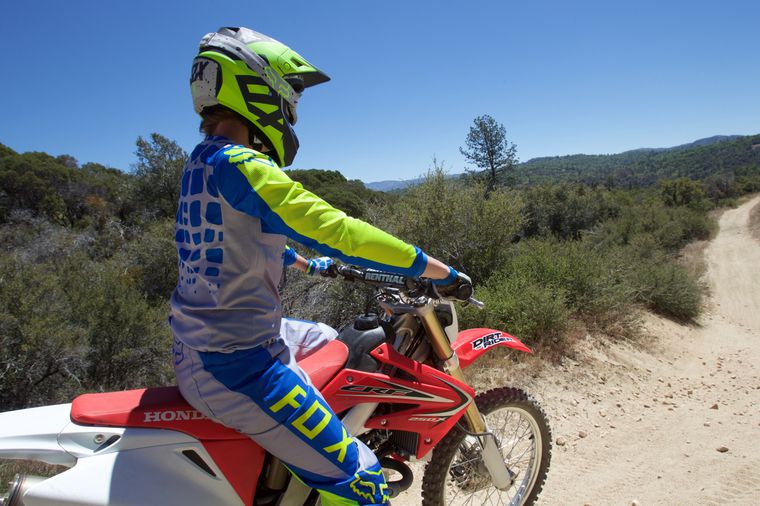 Superb A Beginners Look At The 2017 Honda Crf250X Dirt Rider Gmtry Best Dining Table And Chair Ideas Images Gmtryco